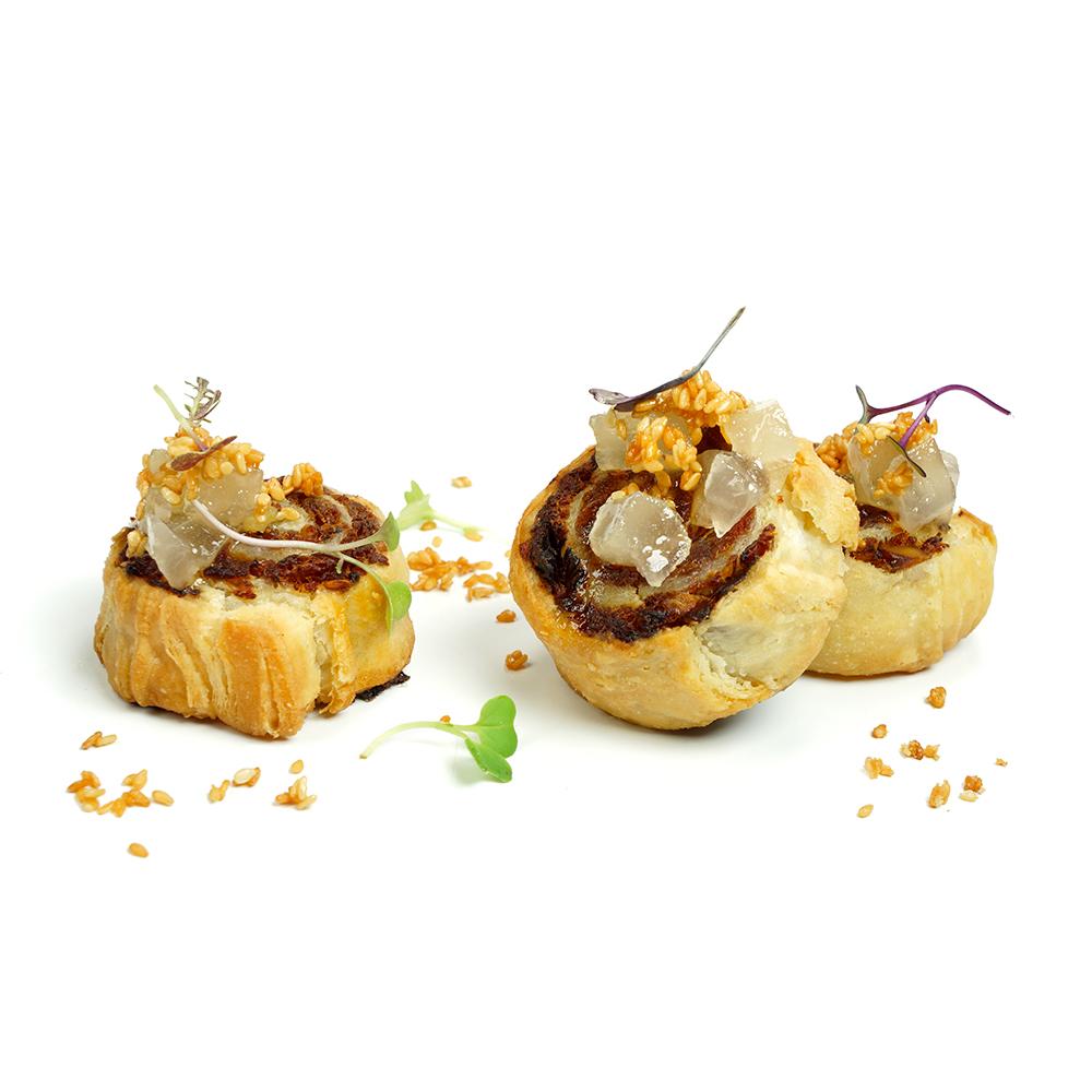 Duck rolls amb salsa agredolça