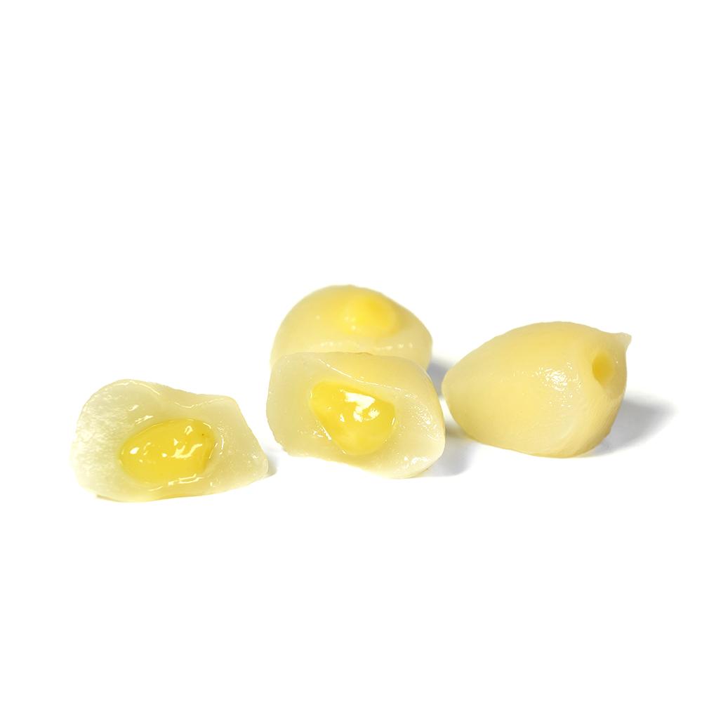 Litxis glutinosos farcits amb crema de yuzu